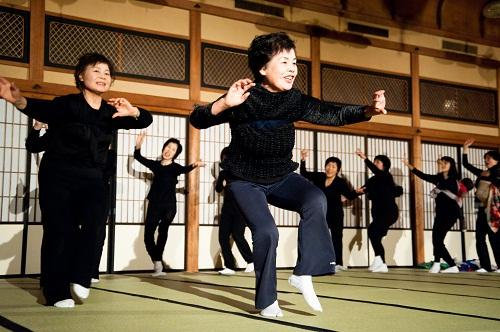 Performance 2011 (photo by Toshie Kusamoto)