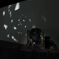 伊藤隆介《Black Hole》2012年 courtesy of Kodama Gallery