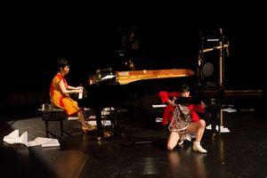 「カデンツァ-ピアノの中の都市vol.5」2013 撮影:井上嘉和