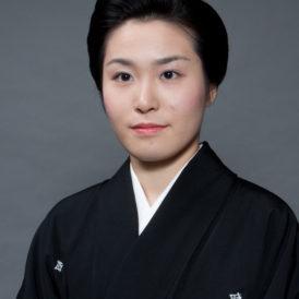 井上安寿子(いのうえ やすこ)