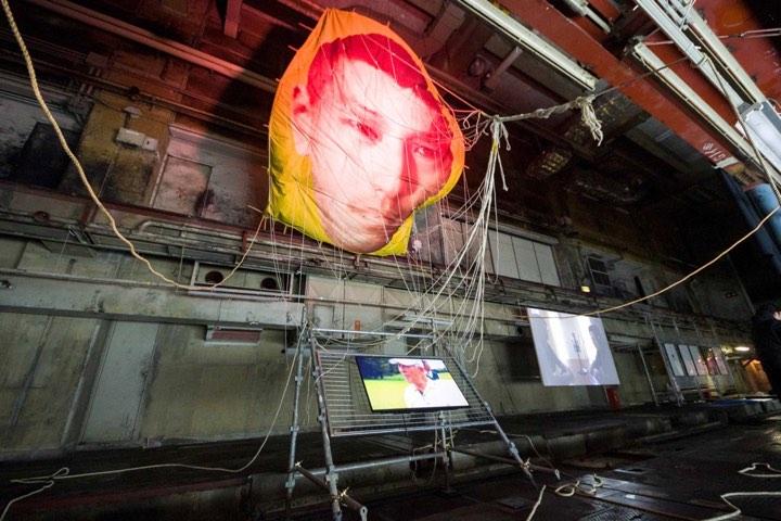 『Over to you』 2019年 ARTISTS' FAIR KYOTO 京都新聞ビル 印刷工場