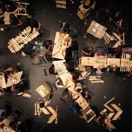 Judith Seng 《ACTING THINGS IV - Material Flow》, 2013, Basel 撮影:Rudi Schröder