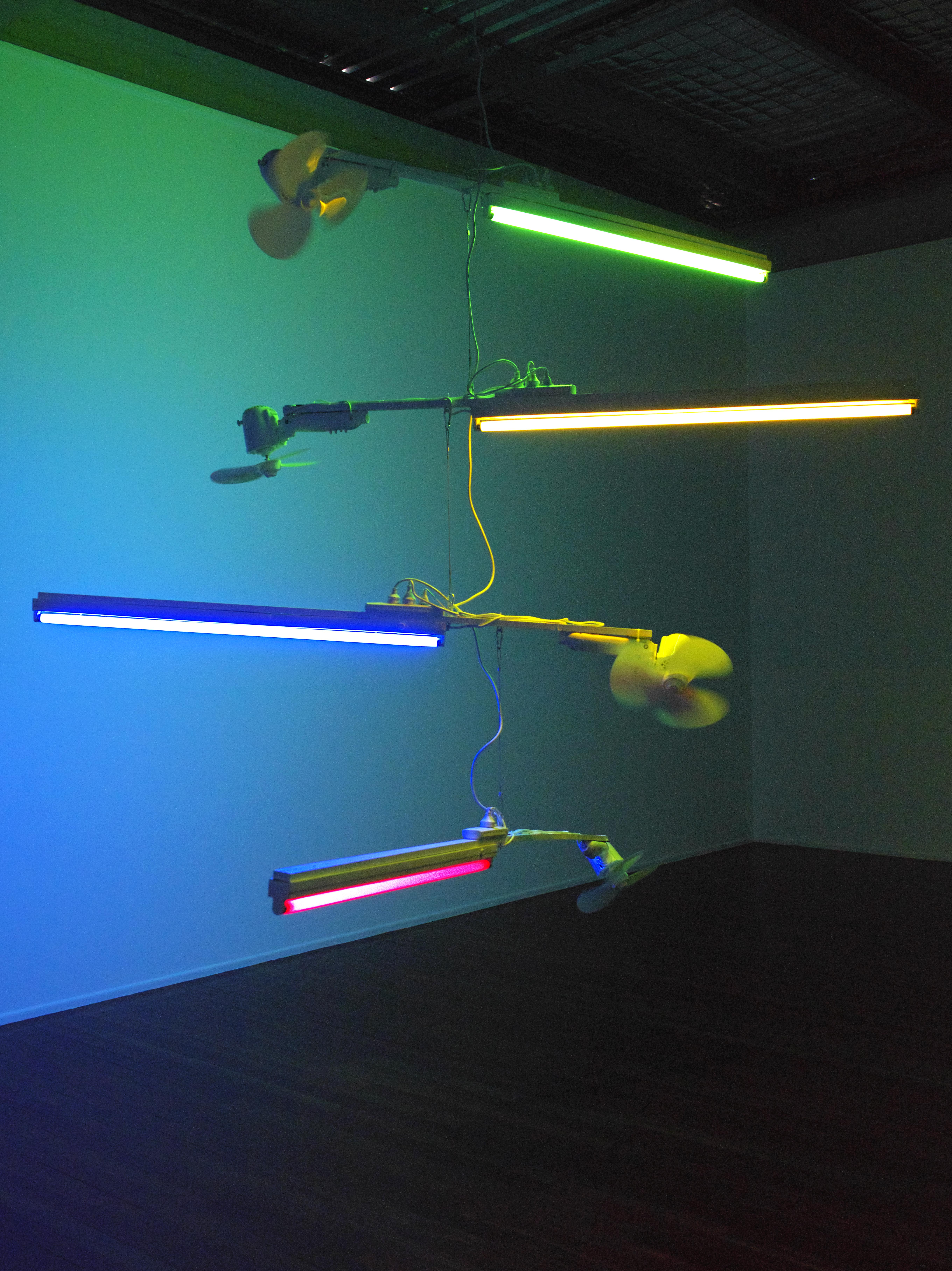 Spectra(2012) Fluorescent lights, oscillating fans, timber, cable. Photo: Carl Warner