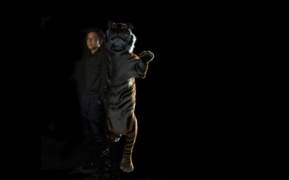 ホー・ツーニェン Ho Tzu Nyen Photograph by Matthew Teo, Courtesy of Art Review Asia