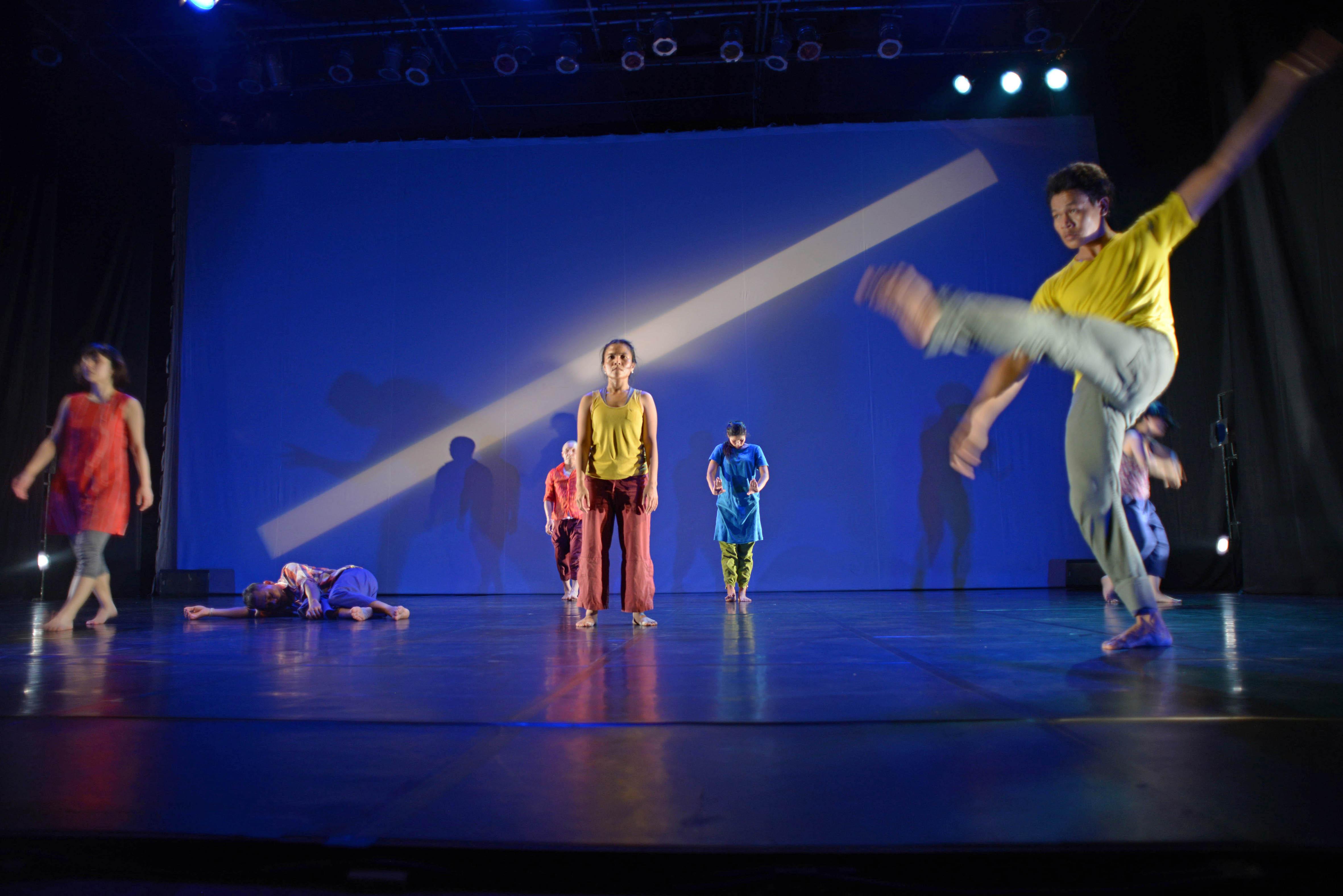 『RE/PLAY Dance Edit』プノンペン公演 Photo by Kong Vollak