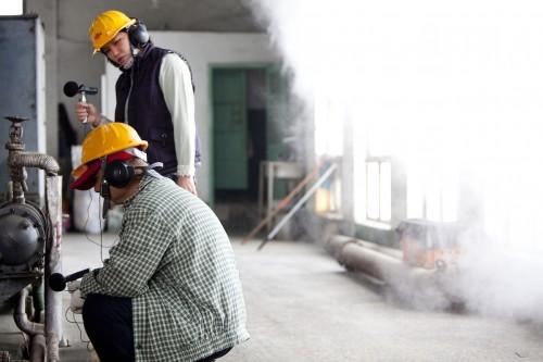 Hong-Kai Wang, Music While We Work, 2011. Production shot. Photo by Chen You-Wei
