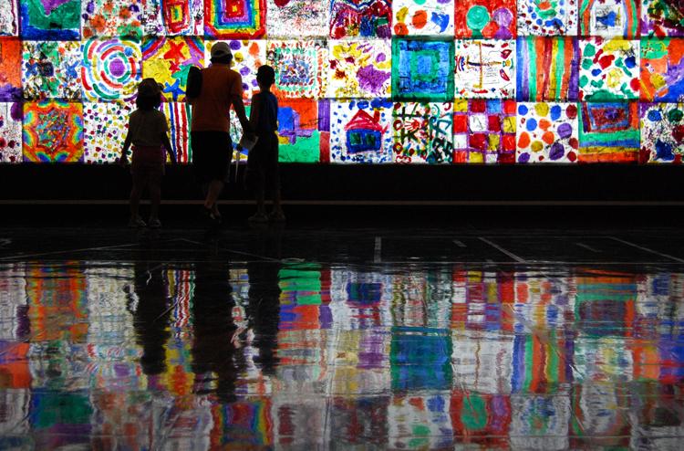 《PLANET GLASS(2000年後のステンドグラス)》 (伊丹市立美術館、2007)